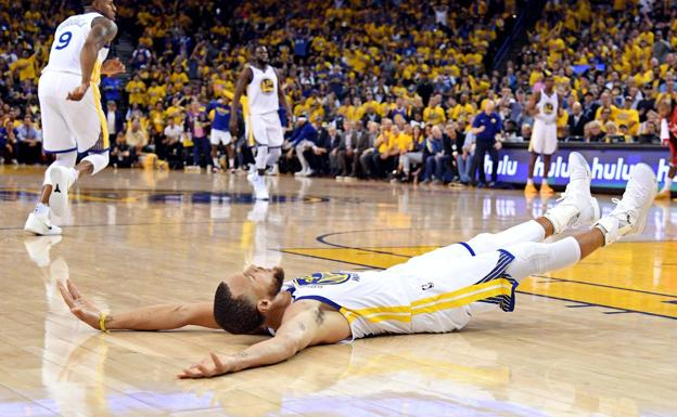 Stephen Curry celebra una canasta. /Afp