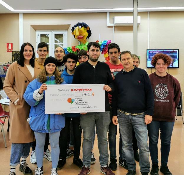 El consejo de la juventud dona 1.762 euros a la lucha contra la leucemia - La Rioja